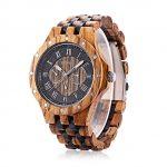 Un orologio in legno