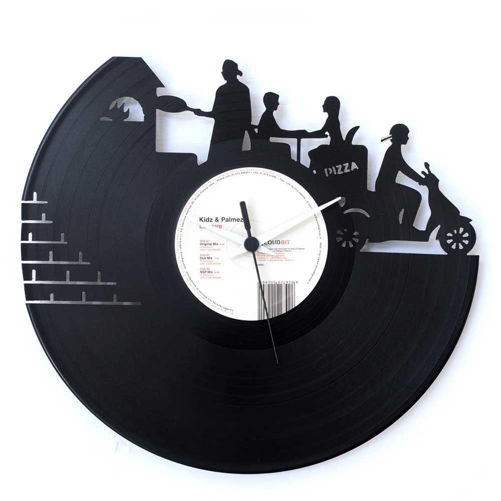 Un orologio-vinile di Vinyluse