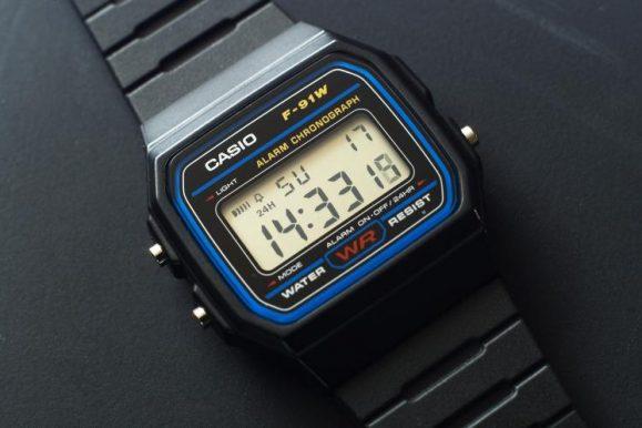 L'orologio più venduto di Amazon: il mitico Casio F-91W fa tendenza