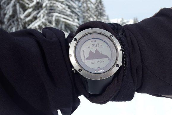 Una selezione di orologi con altimetro per il trekking e la montagna