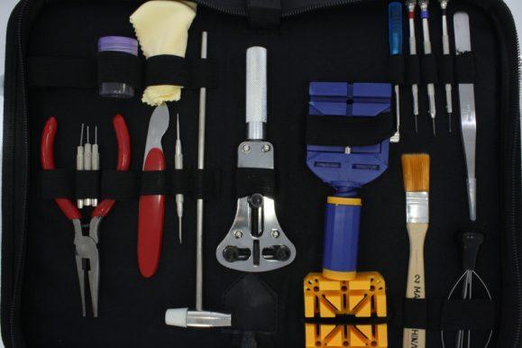 Orologi, i migliori kit per la riparazione e le caratteristiche