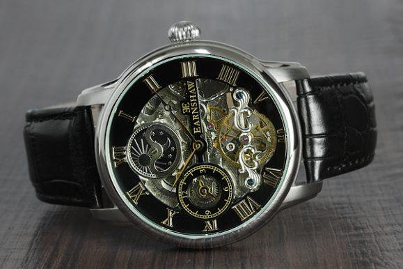 Orologio Thomas Earnshaw Longitude, bellezza e qualità in sconto